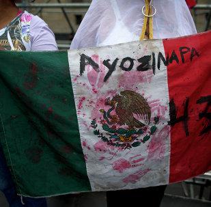 Masacre de Ayotzinapa es una vergüenza para la humanidad, dice Garzón