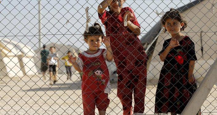 Niños en el campo de refugiados sirios e iraquíes en Midyat, Turquía (archivo)