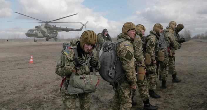 Soldados del Ejército ucraniano