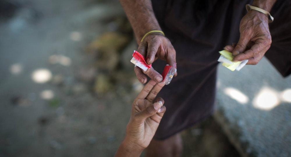 Compra del crack y la cocaína en las calles de Río de Janeiro