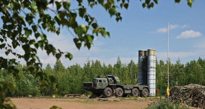 Sistemas antiaéreo S-300