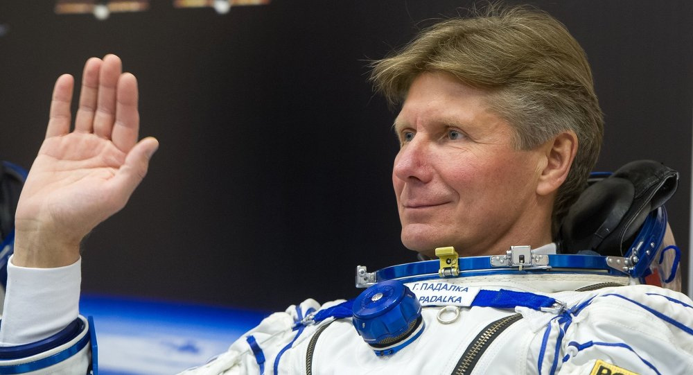 Guenadi Pádalka, cosmonauta