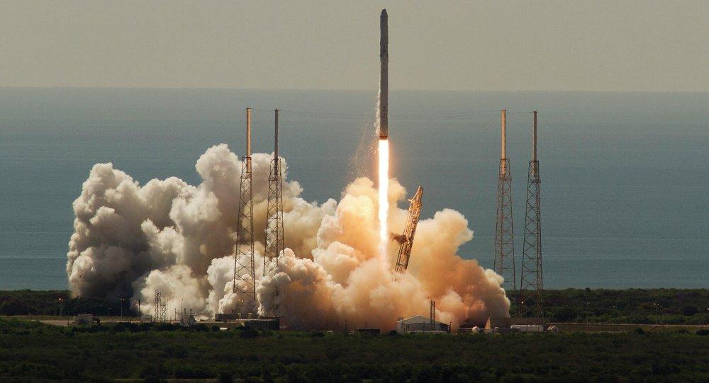 Lanzamiento de un cohete espacial de EEUU (archivo)