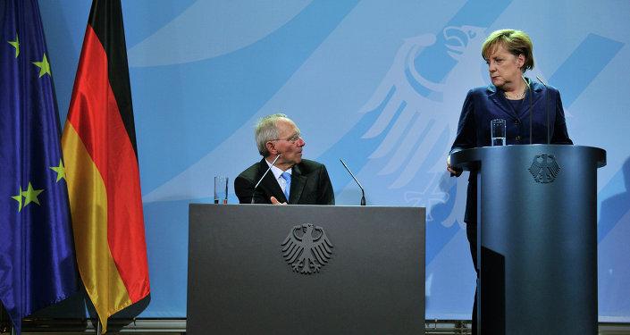 Ministro de Finanzas de Alemania, Wolfgang Schauble y canciller de Alemania Angela Merkel