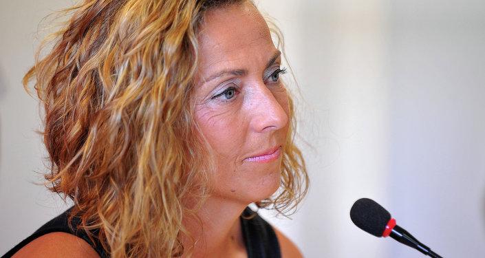 Gala León, capitana del equipo de hombres de la Copa Davis
