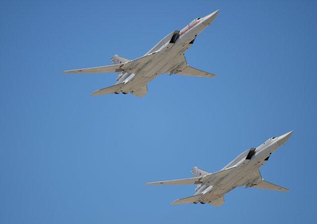 Bombarderos estratégicos Tu-22M3