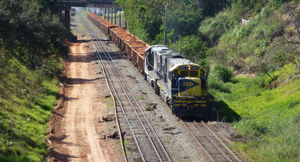 Tren en Brasil