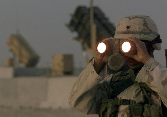 Soldado estadounidense en la base militar en Catar (archivo)