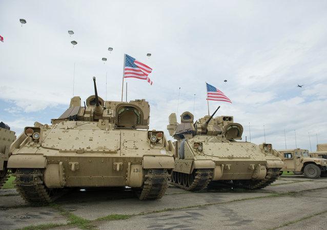 Vehículos de combate Bradley del ejercito de EEUU