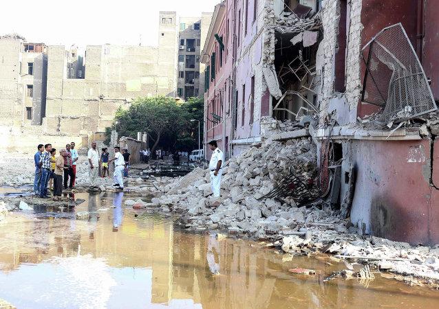 Después de un atentado frente al Consulado italiano en El Cairo