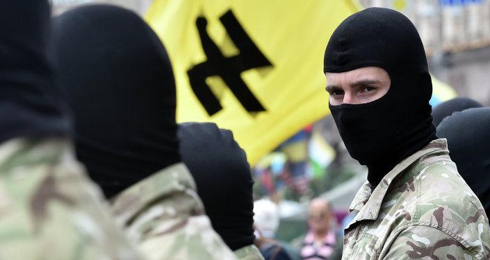 Militantes del grupo radical Pravy Sektor