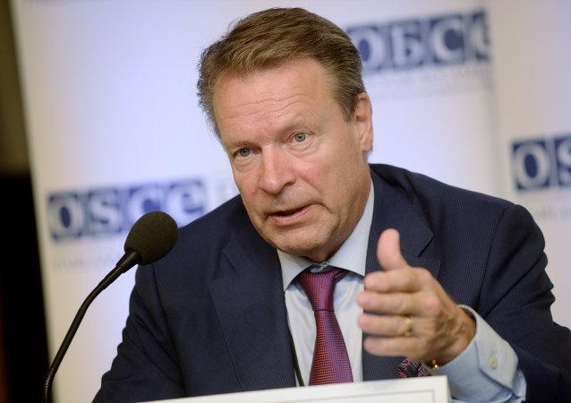 Ilkka Kanerva, jefe de la Asamblea Parlamentaria de la OSCE