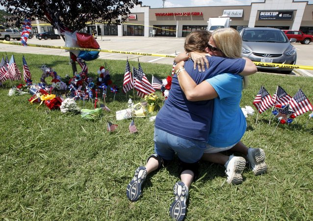 Estadounidenses lloran la muerte de marines en Tennessee
