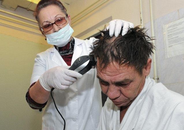 Habrá una peluquería para sin techos en Moscú