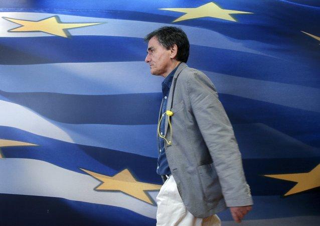 Euclid Tsakalotos, ministro de finanzas de Grecia