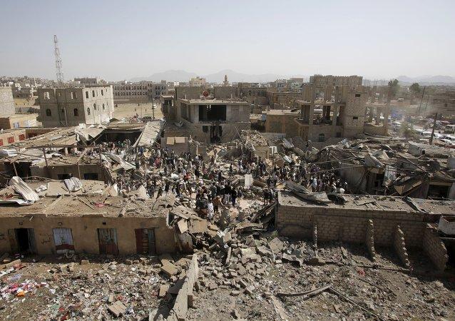 Consecuencias del bombardeo de la coalición árabe en Saná, Yemen, el 20 de julio, 2015