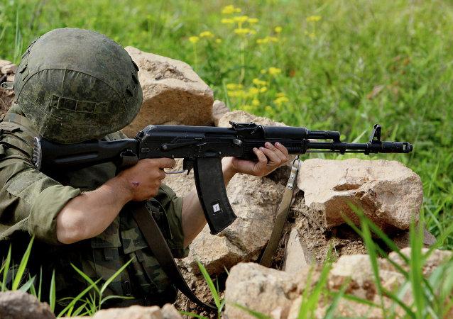 Kalashnikov Ak-103 en acción