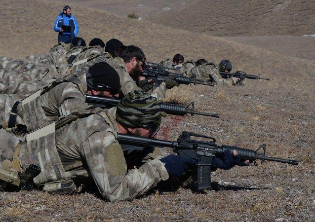 Ejercicios de las fuerzas especiales en Chechenia