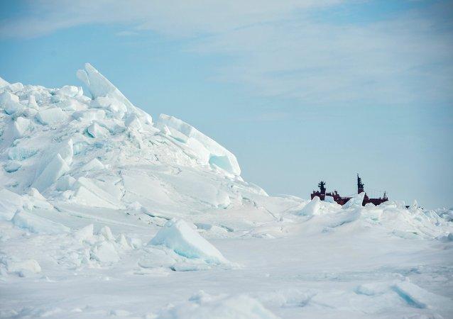 China ayudará a Rusia a explotar yacimientos de gas en el Ártico, según jefe de Total