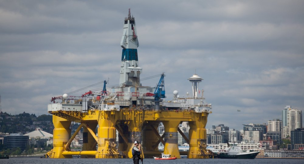 Platforma petrolífera de petrolera Shell en Seattle, Estadio de Washington, EEUU
