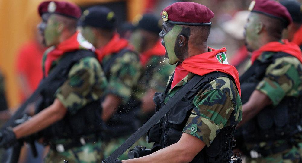 Soldados venezolanos (archivos)