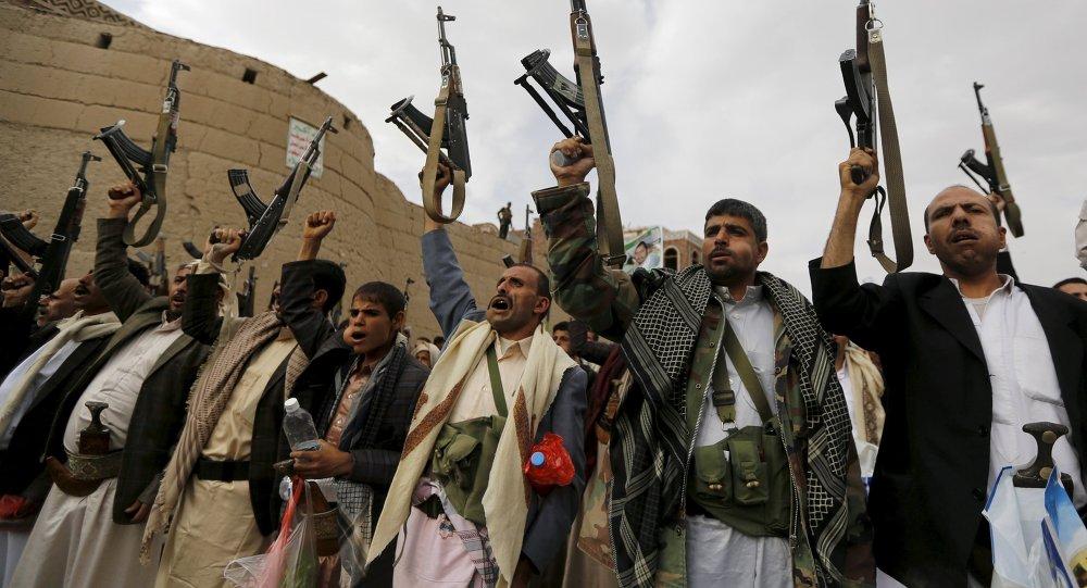 Partidarios del grupo Ansar Alá, también conocidos como hutíes