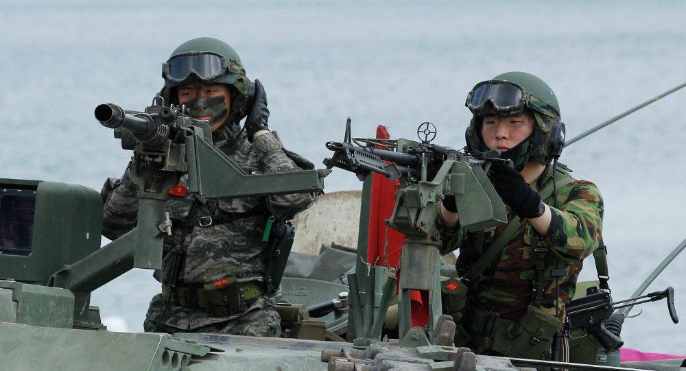 Marines surcoreanos durante maniobras