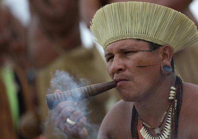 Indígena brasileño (archivo)