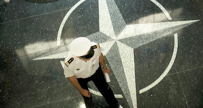 La OTAN se opone a que sus maniobras sean comparadas con las de Rusia