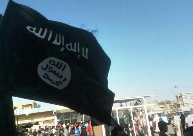 Militantes del grupo yihadista Estado Islámico en Irak (archivo)