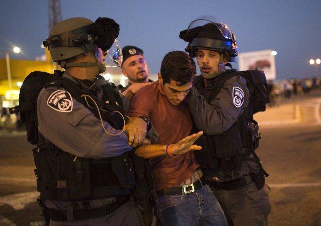 Choques entre judíos y palestinos ante un hospital israelí