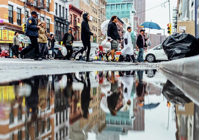 Gente en las calles de Nueva York
