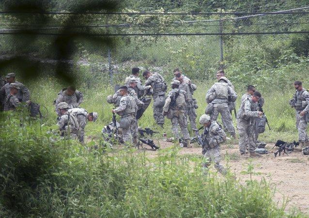 Soldados del ejército estadounidense durante los ejercicios Ulchi Freedom Guardian en Pocheon, Corea del Sur