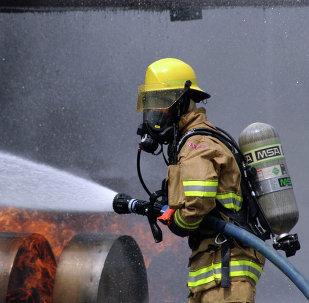 Un bombero de Japón (Archivo)