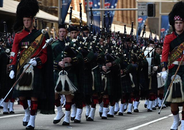 Desfile conmemorativo en honor al Anzac en Sidney, Australia