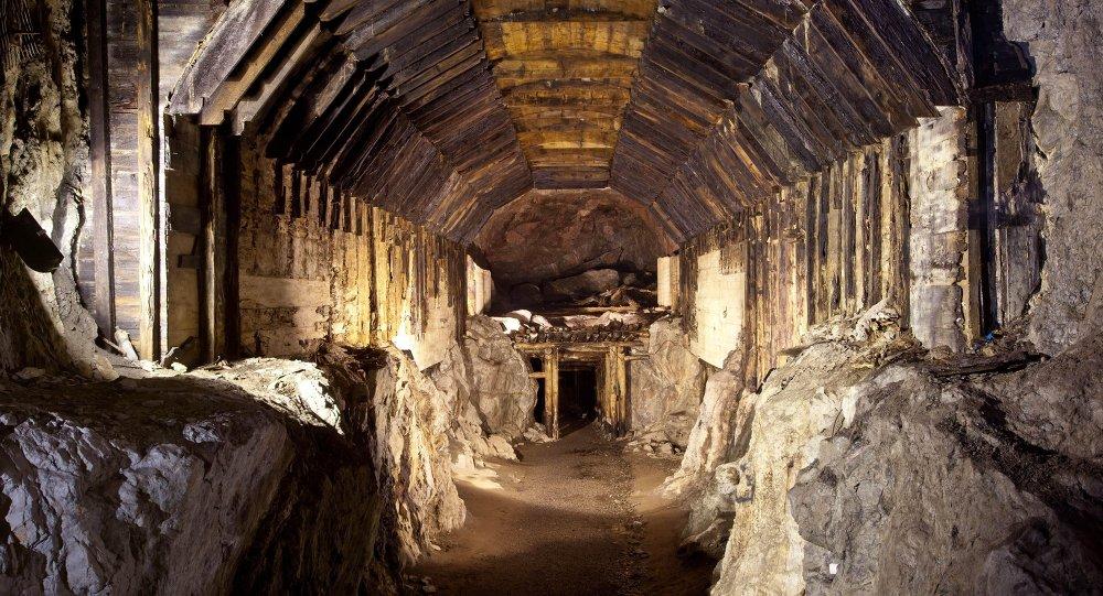 Parte del sistema subterráneo construido por la Alemania nazi en lo que hoy es Gluszyca-Osowka, Polonia (archivo)