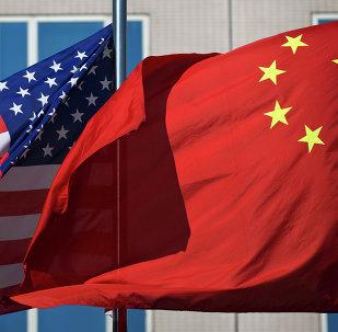 Banderas de China y EEUU (archivo)