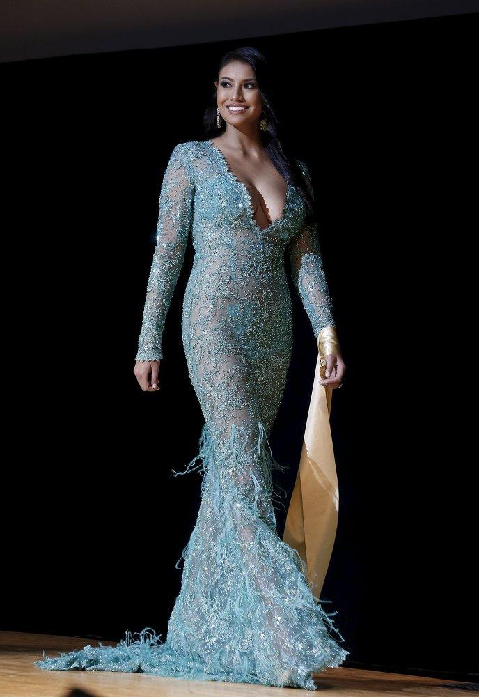 La canadiense Ashley Burnham, ganadora del  concurso Mrs. Universo 2015