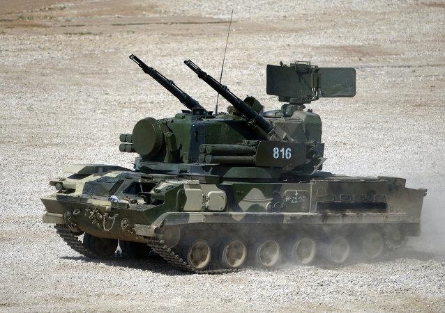 Сomplejo de cañones y misiles Tunguska