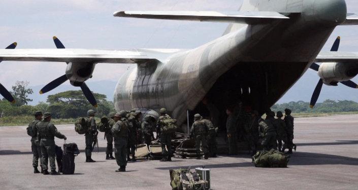 Venezuela refuerza su presencia militar en la frontera con Colombia