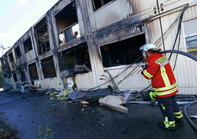 Asilos para refugiados incendiados en Rottenburg, el 7 de septiembre, 2015