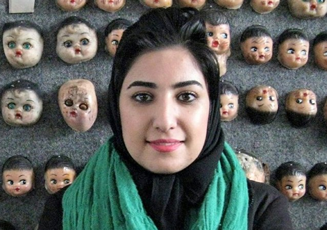Atena Farghadani, caricaturista iraní