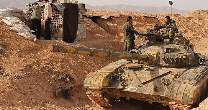 Soldados sirios cerca de Damasco
