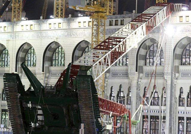 La grúa que cayó sobre la Gran Mezquita de La Meca, el 11 de septiembre, 2015