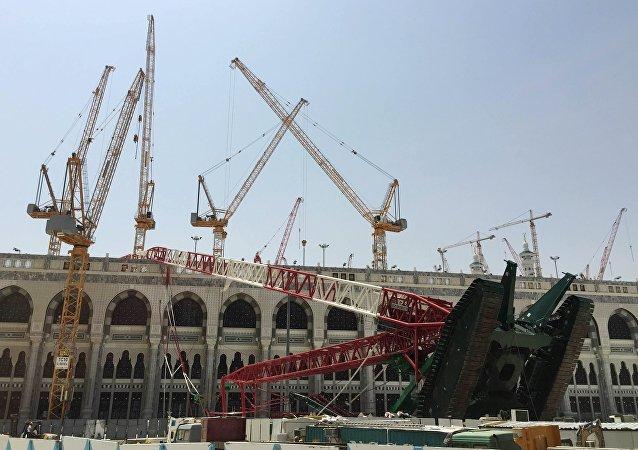 La grúa que cayó sobre la Gran Mezquita de La Meca, el 12 de septiembre, 2015