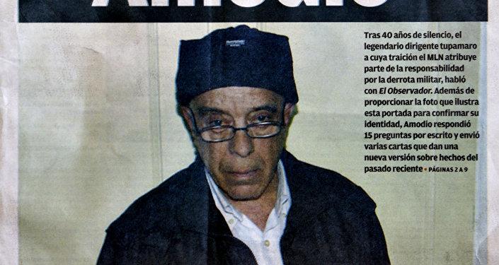 La primera página del Observador, diario uruguayo, con una imagen del ex guerrillero tupamaro, Héctor Amodio Pérez, el 22 de mayo 2013