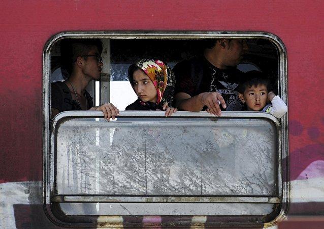 Refugiados en el tren en Macedonia
