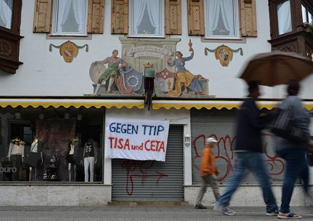 'Contra TTIP, TiSA y CETA'
