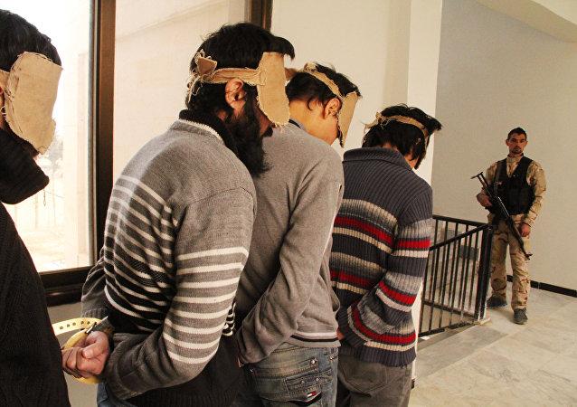 Detenidos combatientes del EI (archivo)