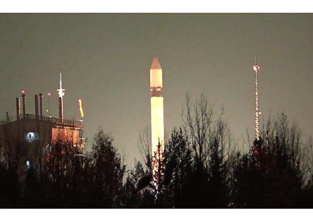 Rusia pone en órbita tres satélites militares mediante el cohete Rokot